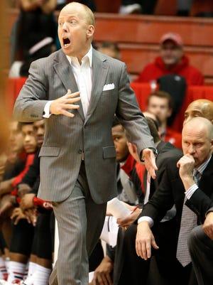 Bearcats head coach Mick Cronin on Nov. 19.