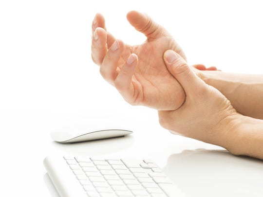 For patients with severe carpal tunnel syndrome, many orthopedic physicians prefer a new surgical procedure, Balloon Carpal Tunnelplasty, over the traditional surgeries.