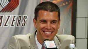 Valley, Iowa grad Chad Buchanan joins Charlotte Hornets.