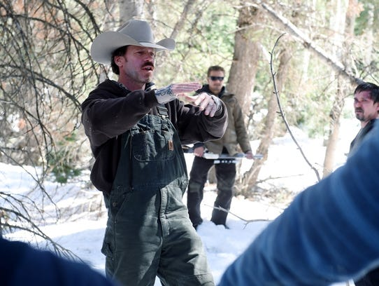 """Taylor Sheridan directing on the set of """"Wind River."""""""