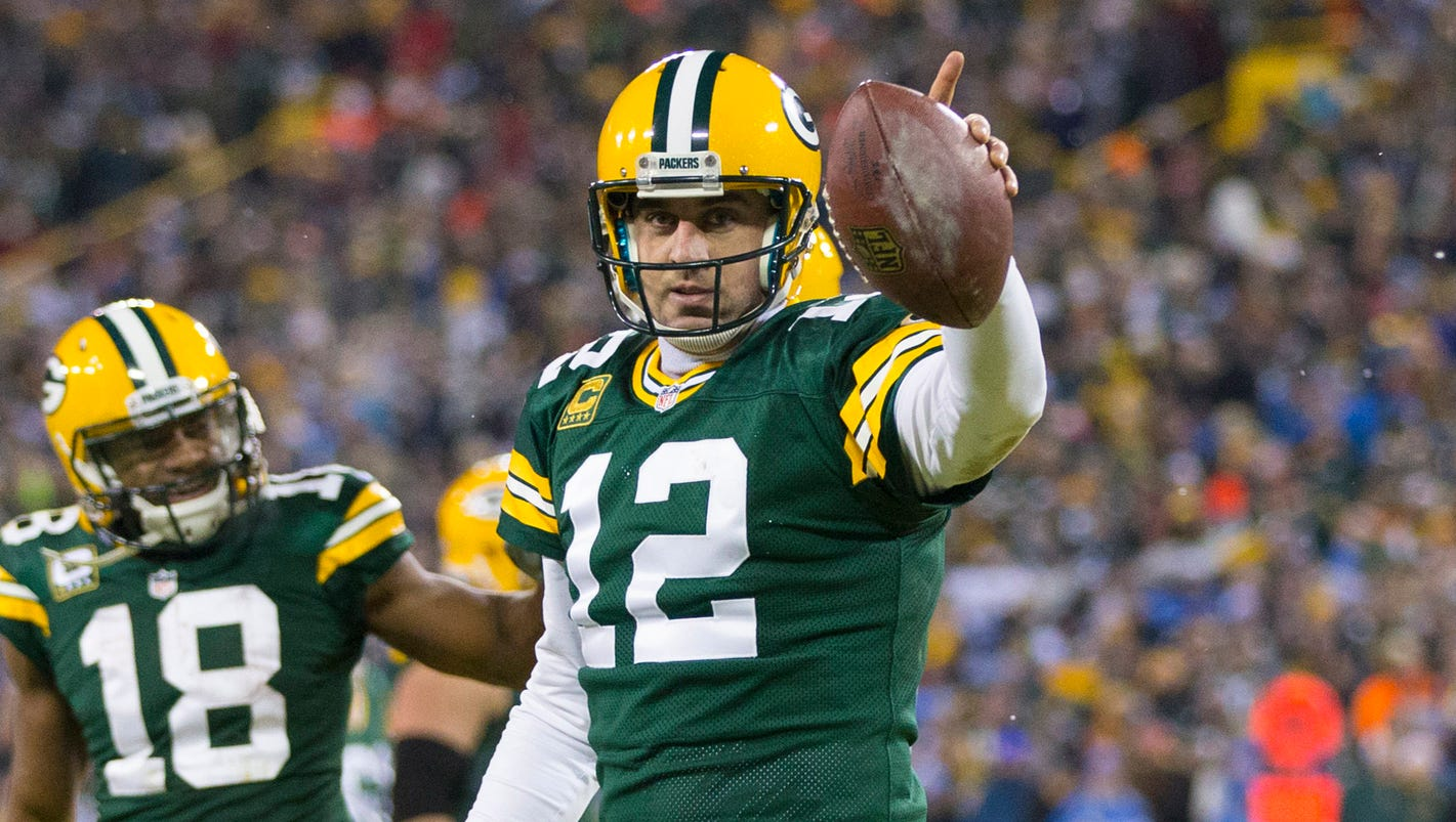 Green Bay Packers Roster >> Aaron Rodgers' MVP effort lifts Packers to NFC North title