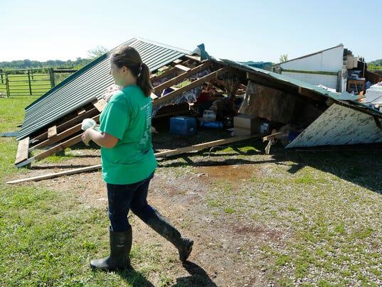 LAF EF1Tornado damages Carroll County