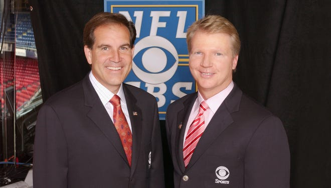 CBS announcers Jim Nantz, left, and Phil Simms will be working on Thursdays in 2014.