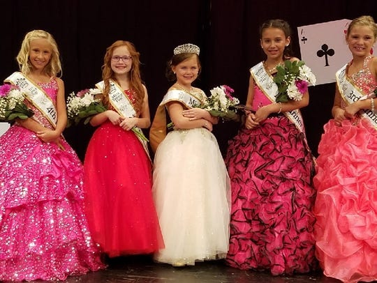 From left, Fourth Runner-up Braelyn Miller, Second