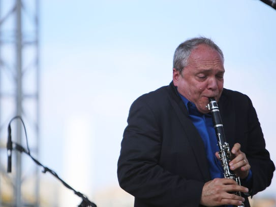 Clarinetist Ken Peplowski plays with his quartet during