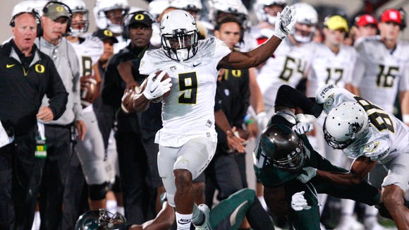 Sep 12, 2015; East Lansing, MI, USA; Oregon Ducks wide