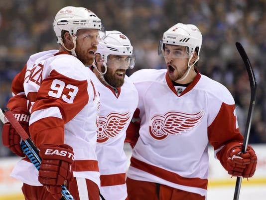 Red Wings Maple Leafs_Augu (2).jpg