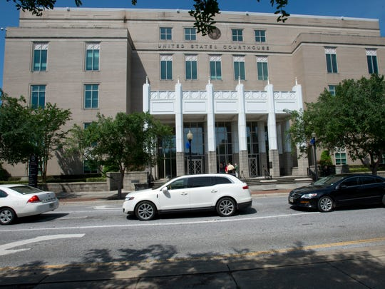 A congressional delegation made a visit to the Federal Courthouse, located at the corner of Palafox and Garden Street, Tuesday morning to get a first-hand look at the mold and structural problems that have plagued the building since it opened.