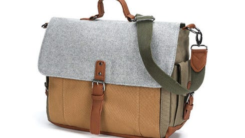 Canvas & Wool Messenger bag for B2S Insider deals