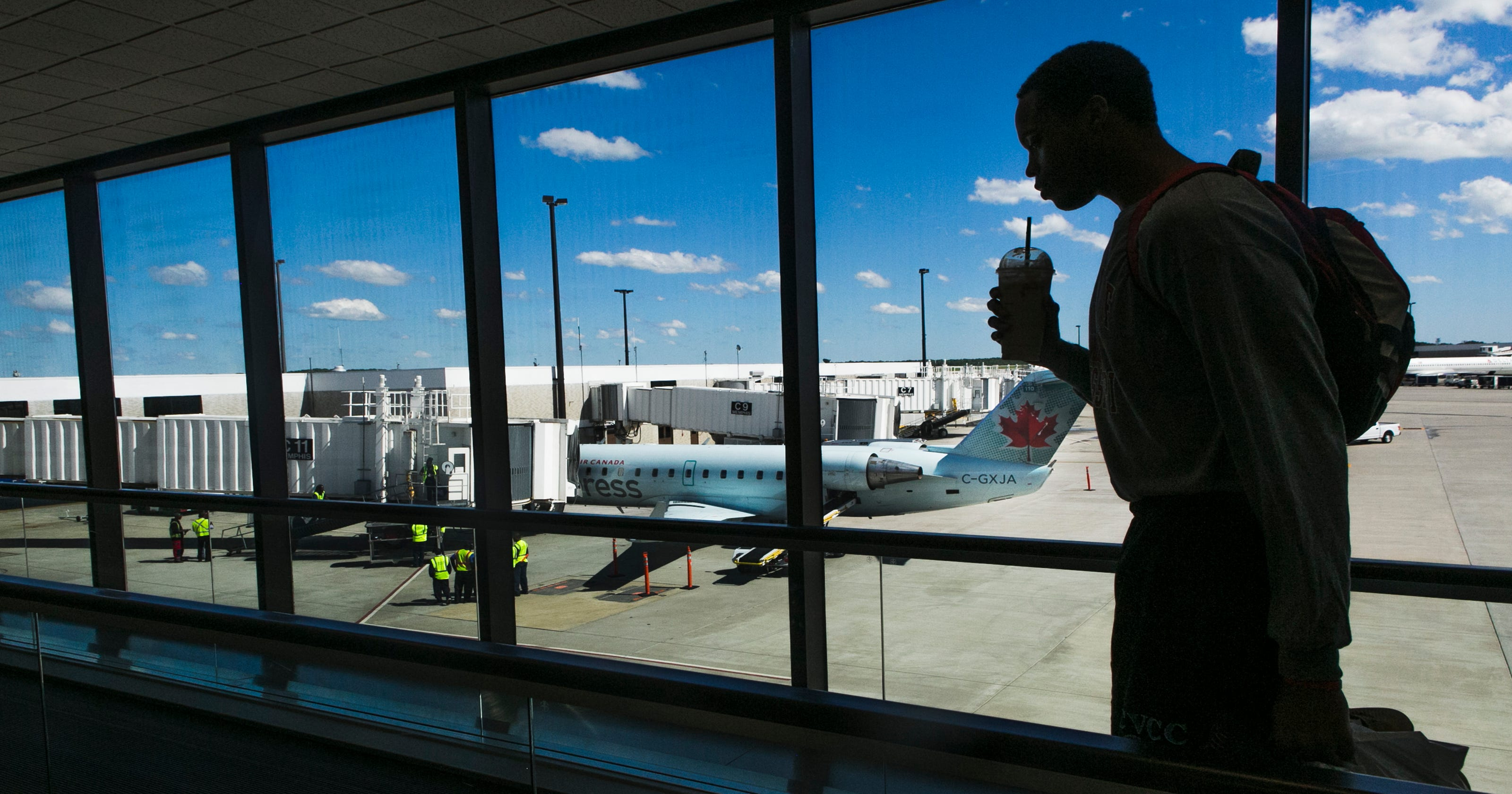 online retailer 55c5f b36a9 Memphis-Toronto nonstop on Air Canada doubles, riding strong demand