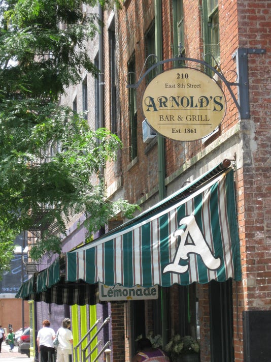 635834633651012474-Arnolds3