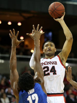 Kyle Washington scored a game-high 18 points in UC's last outing, a 55-53 win at Temple on Thursday.