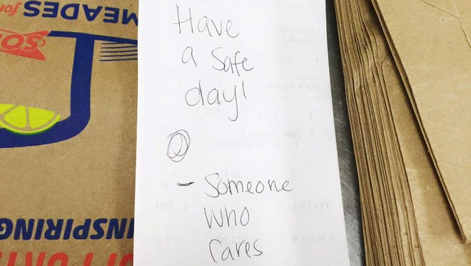 A customer left this message for a Mississippi state trooper at a Florence Sonic drive-in