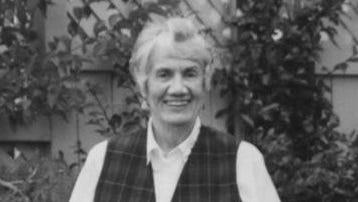 Donna Sinclair Wilkinson, 90