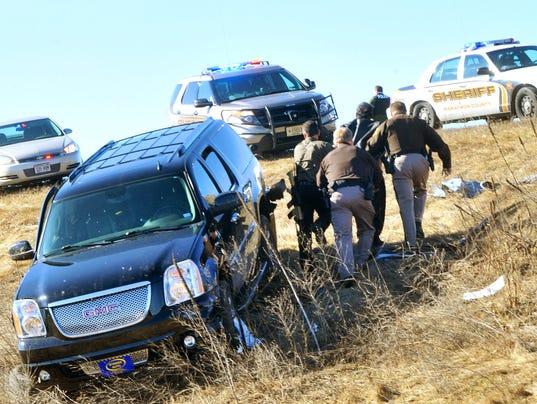 635621915513955119-High-speed-chase-crash
