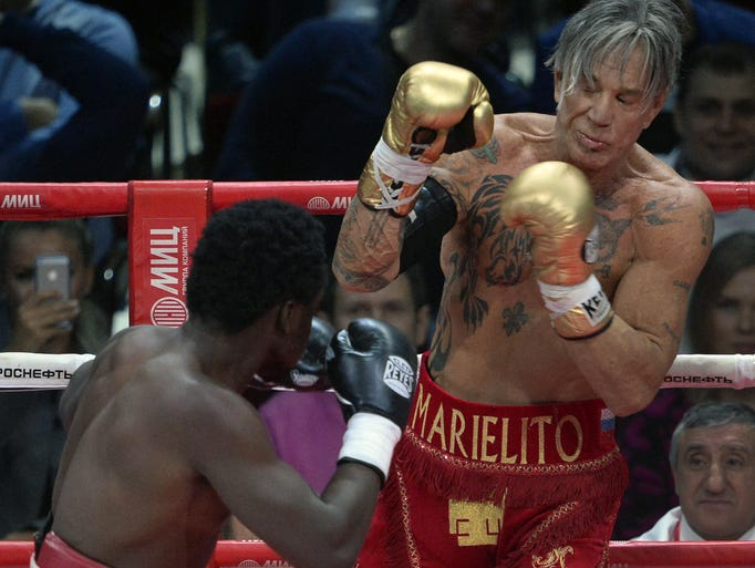 Mickey Rourke fights 2...