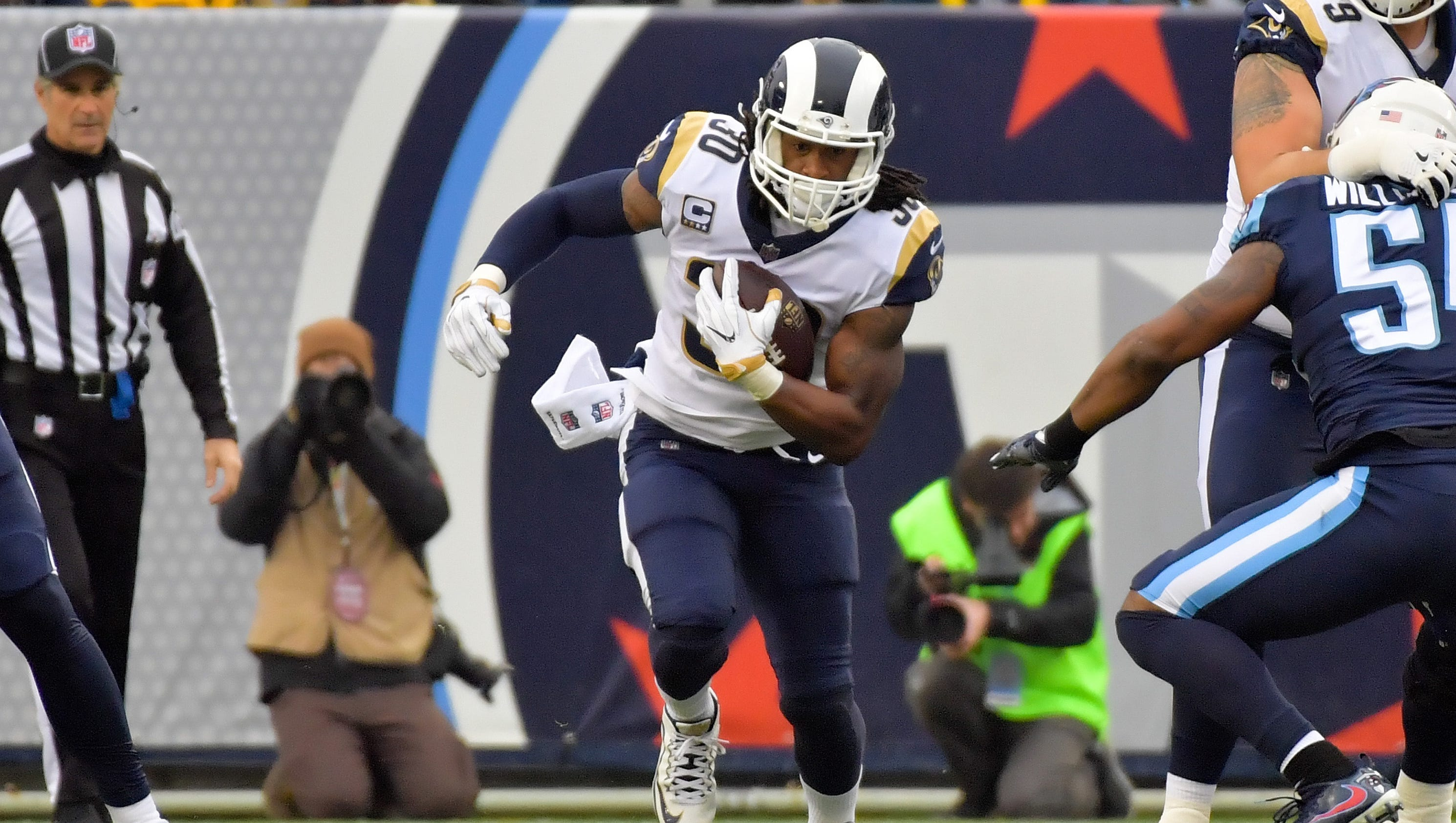 636497274014003335-usp-nfl-los-angeles-rams-at-tennessee-titans-96192285
