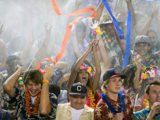 Fans and students of Chandler High.