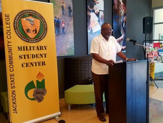 Vietnam Veteran Woodie Robinson speaks at Jackson State
