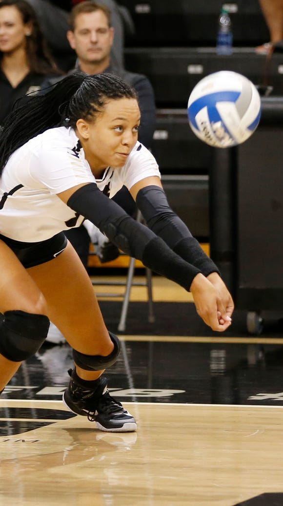 Purdue's Azariah Stahl with a dig against Oral Roberts
