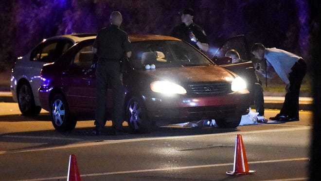 """Indian River County Sheriff's Officers investigate a fatal shooting leaving one man dead Thursday, Nov. 16, 2017, at the 5300 block of SR60 in Vero Beach. The Sheriff's Office are calling it a """"road rage incident."""""""