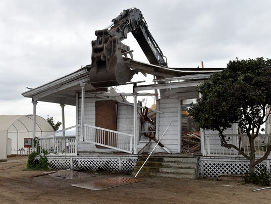 Farmhouse-demolition6.JPG