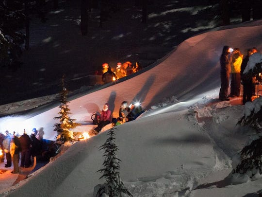 Starlight Snowshoe Tours, Daily