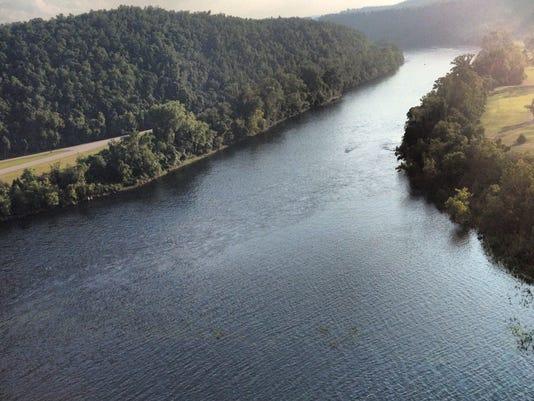 White River from Bull Shoals Dam.JPG