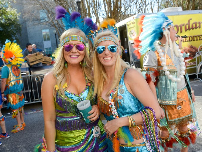Pensacola Grand Mardi Gras Parade rolls in downtown