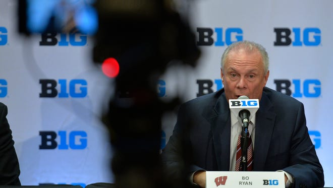Wisconsin coach Bo Ryan was one of many popular interview subjects at Big Ten Basketball  Media Day in Chicago. Meanwhile, Iowa's Fran McCaffery and the players didn't draw big crowds.