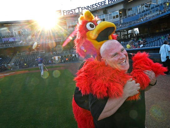The Tennessean's Brad Schmitt is attacked by Sounds
