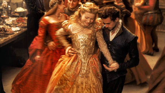 "Gwyneth Paltrow and Joseph Fiennes were dreamy in ""Shakespeare"