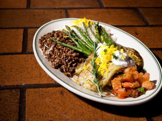 Persian Garden Cafe in Phoenix serves Mediterranean & Middle Eastern cuisine.