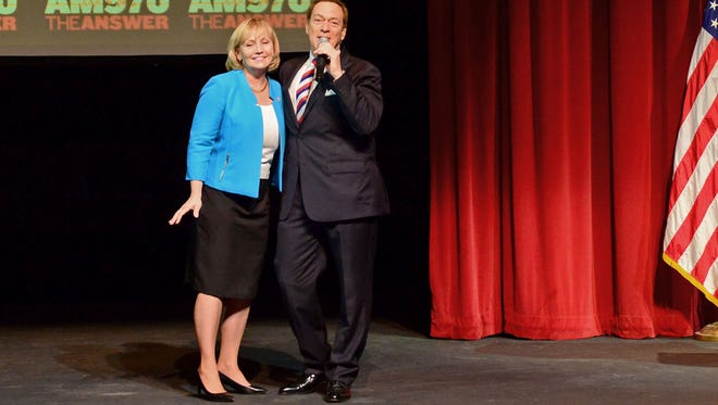 Joe Piscopo announces his support for Lt. Gov. Kim Guadagno for governor on Wednesday morning.