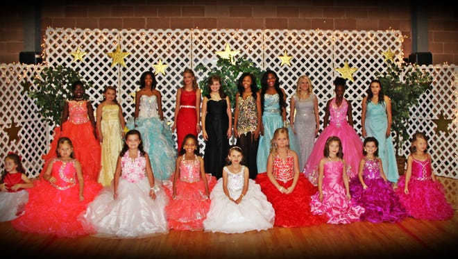Lumberton Elementary School recently celebrated its homecoming for grades K-8. Pictured in the front row are Triniti Underwood, Brilee Theriot, Caitlyn Ladner, Alyssa Gill, Madison Abercrombie, Kelsy Schlautman, Addison Smith, Kandice Cooley and Laken Shedd. In the back row are Alicia Forrest, Edrell Smith, Alexis Holder, Erin Thompson, Meagan Knue, Jennifer Holder, Sydnee Bolton, Sarah Knight, Lyric Bolton and Sarah Wall.