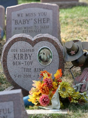A pet monument at the Hartsdale Pet Cemetery and Crematory.