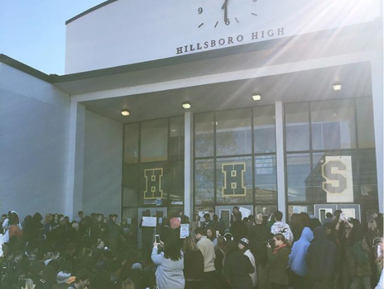 Hillsboro high students gather for #NationalWalkoutDay