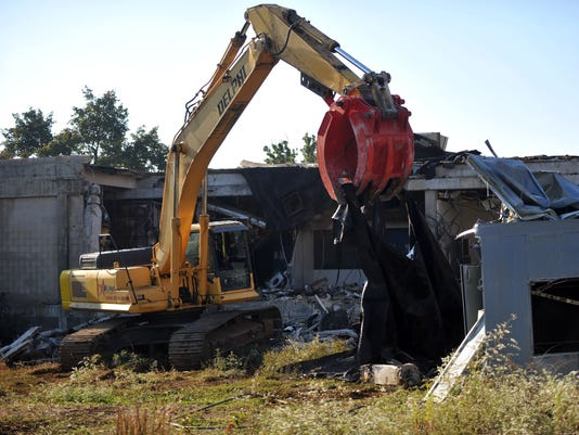 Newcomb Hospital demolition