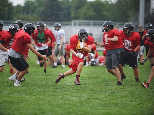 636383263581188967-Brandon-Valley-football-practice-009.JPG