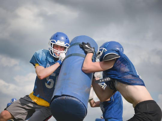Sioux Falls Christian line backer Ryan Sjaarda and