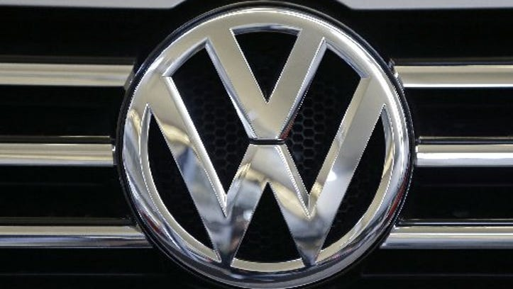 VW teases 'four-door fastback' Arteon sedan