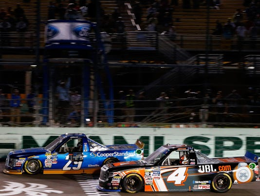NASCAR Camping World Truck Series Championship Ford EcoBoost 200