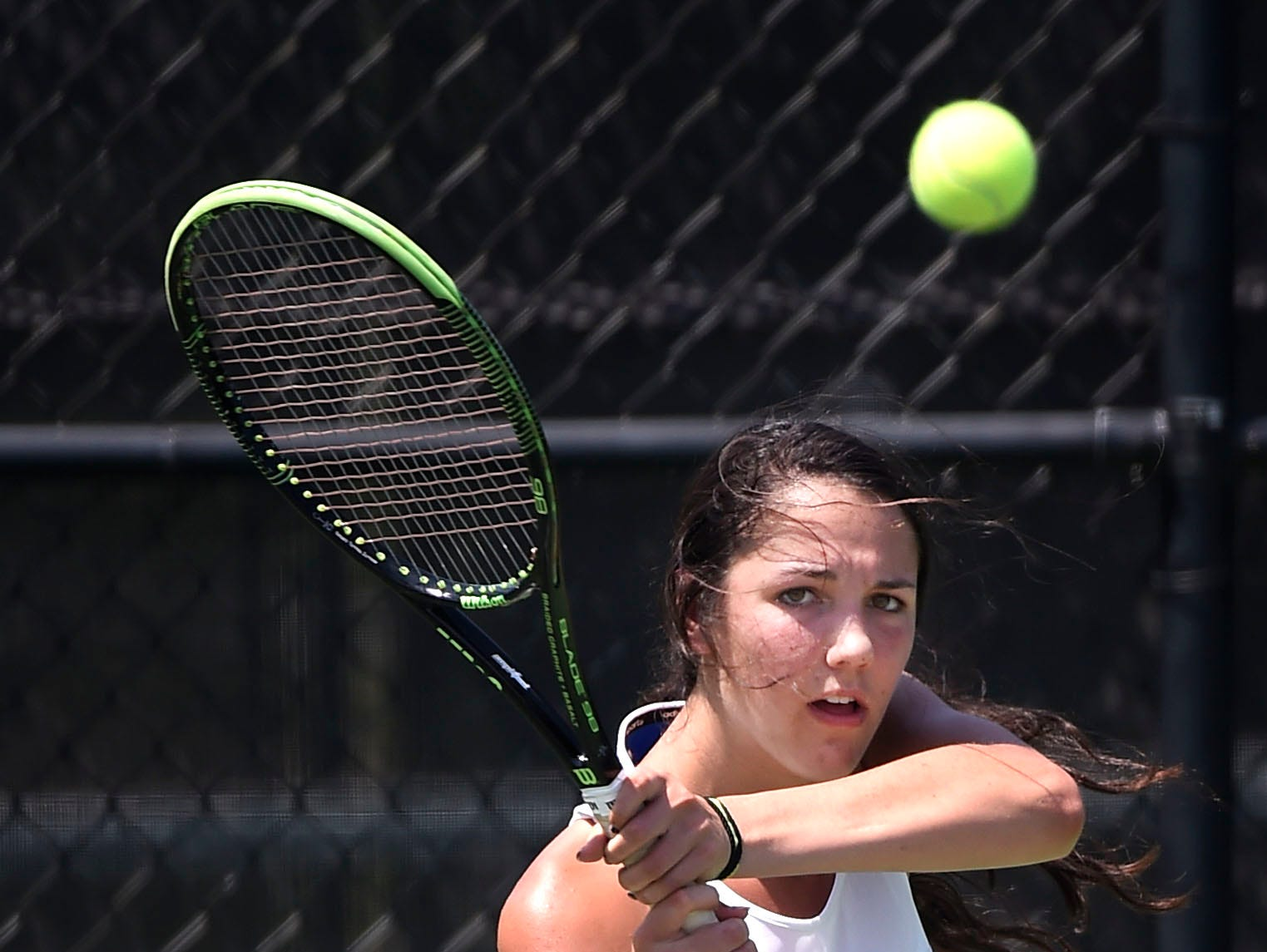 Somer Henry of Brentwood returns the ball in the 2016 TSSAA State tennis tournament. Thursday May 26, 2016, in Murfreesboro, TN