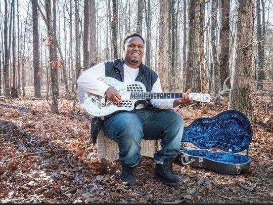 Jontavious Willis sings his pared-down blues at 8 p.m. Friday at Blue Tavern.