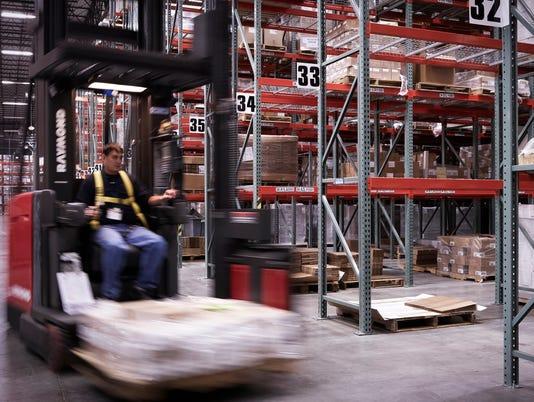 636513721098057717-Louisville-Distribution-Drug-Forklift-039-1-.jpg