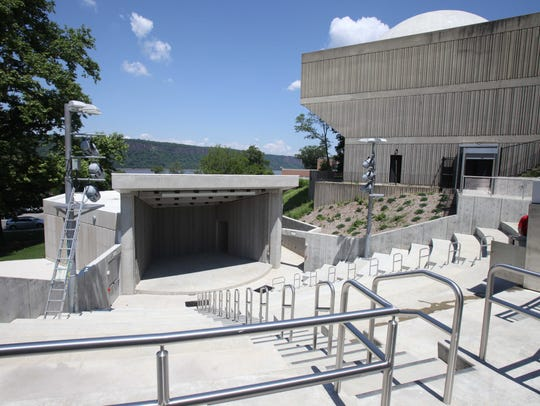 The 400-seat amphitheater has the Hudson River and