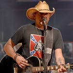 Jason Aldean performs at the Ak-Chin Pavilion in Phoenix on Thursday, Oct. 17. Cydney McFarland/The Arizona Republic