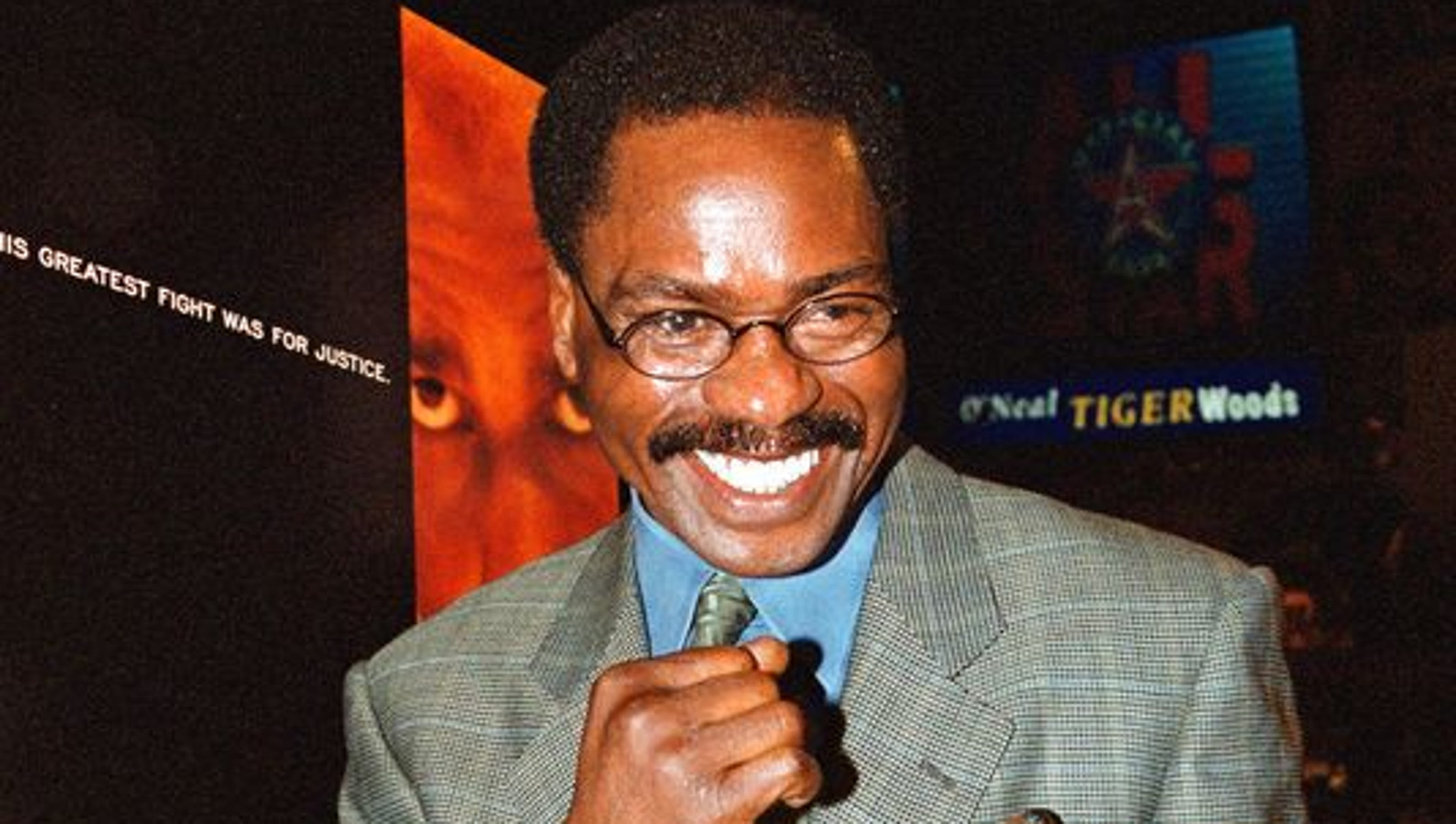 rubin hurricane carter Rubin hurricane carter, the boxer whose wrongful murder conviction became an international symbol of racial injustice, has died at 76 john artis, a longtime friend and caregiver, said carter died in his sleep sunday carter had been stricken with prostate cancer in toronto, the new jersey native.