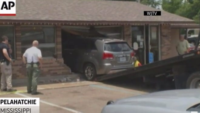 Four people were hurt after the vehicle crashed into a restaurant in Pelahatchie, Miss.