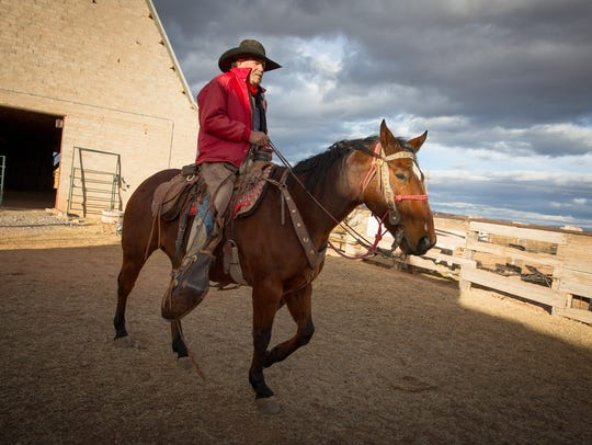 Billy Prewitt of Corralitos Trail Rides on his horse